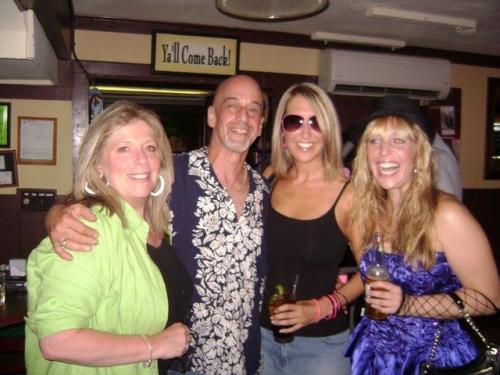 tavern-on-the-rocks-80s-night-17