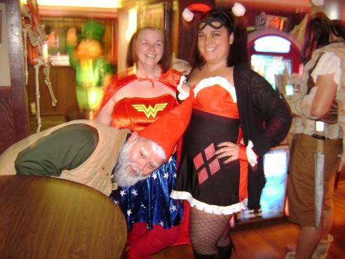 tavern-on-the-rocks-halloween-2014-09